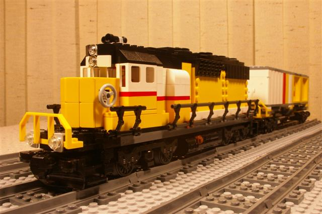 yellow.maersk.front.low%20(Small).jpg